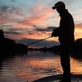 Catfish Camp | Varga Vilmos tábora a Rhone folyón